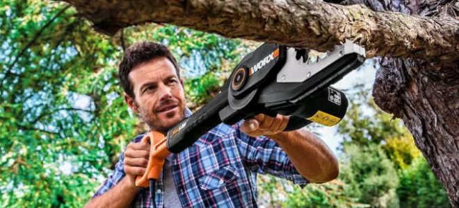 Садовая электропила для обрезки деревьев