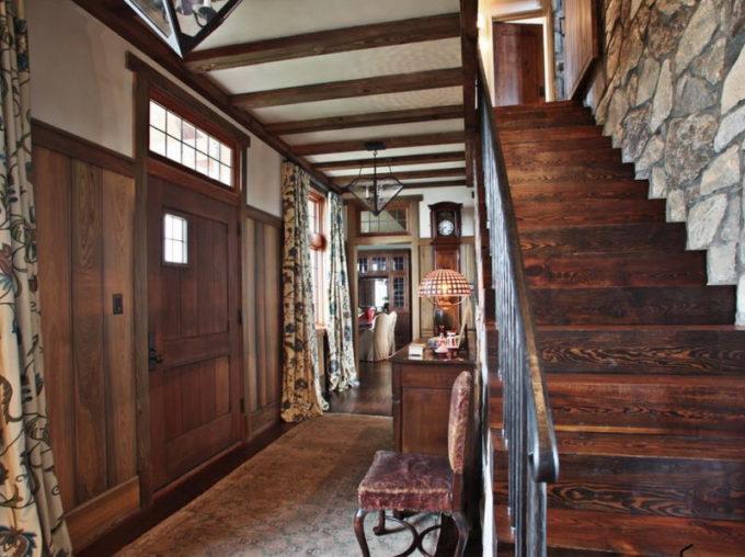 Дом из брашированной древесины