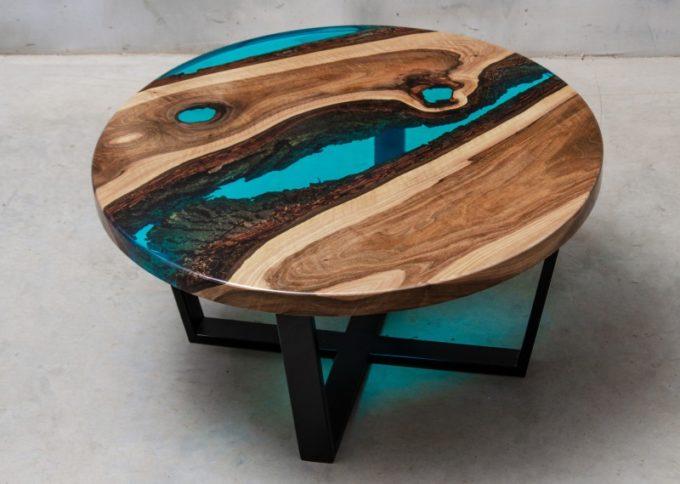 Круглый стол из слэба и эроксидной смолы
