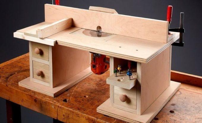 Малогабаритный стол для фрезера