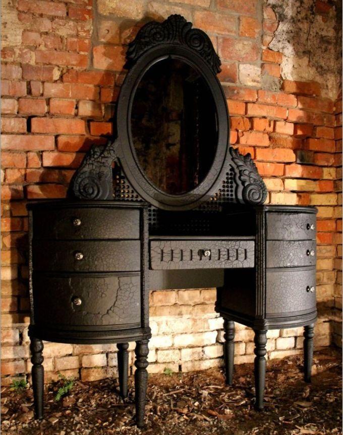 Мебель из обожженного дерева