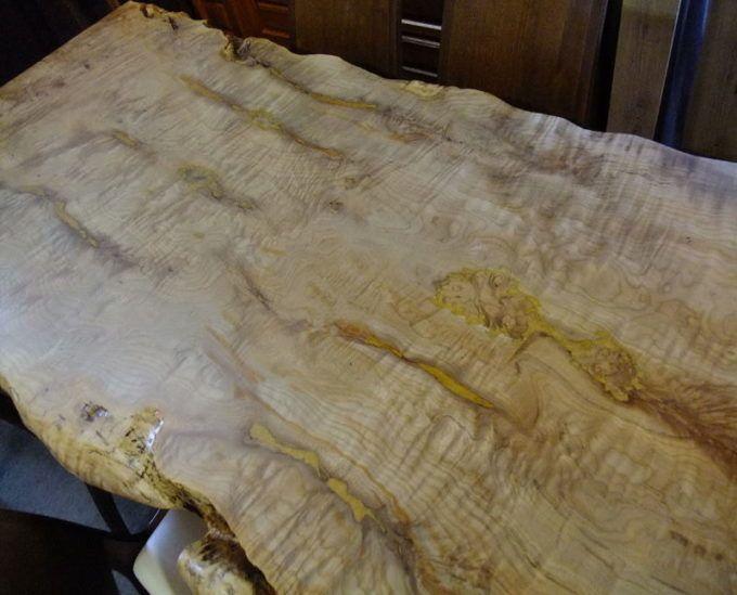 Свилеватость древесины