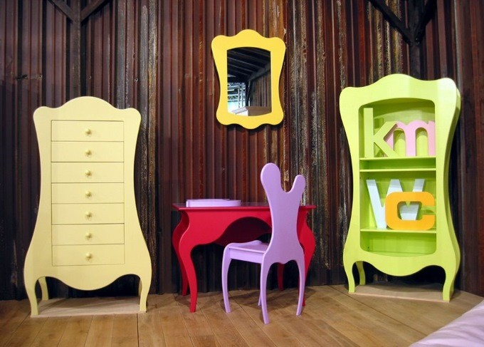 Окрашенная мебель из фанеры