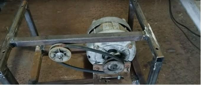 Для ременной передачи используется обычный приводной ремень
