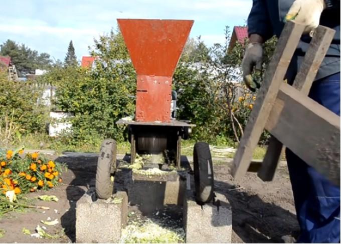 Мини дробилка древесных отходов