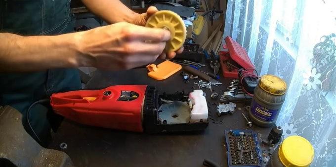 Замена шестерни на электропиле