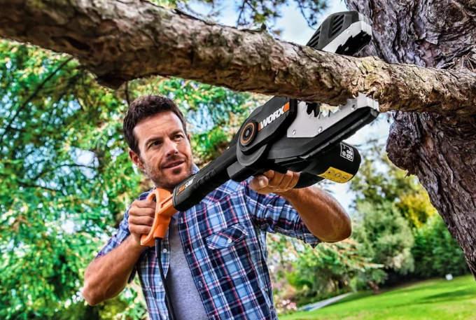 Электропила для обрезки деревьев